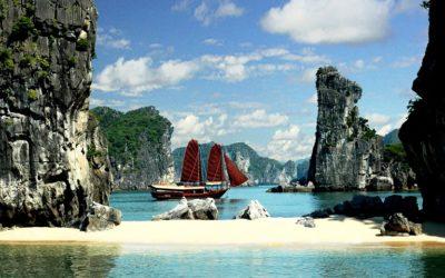 Private Overnight Cruises in Vietnam 10 Days
